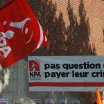 banderole NPA Pas question de Payer leur Crise